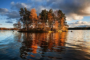 Karelian Isthmus - Lake Vuoksa near Priozersk in the autumn of 2009.