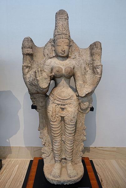 File:Lakshmi, South India, 12th-13th century AD, granite - Matsuoka Museum of Art - Tokyo, Japan - DSC07146.JPG