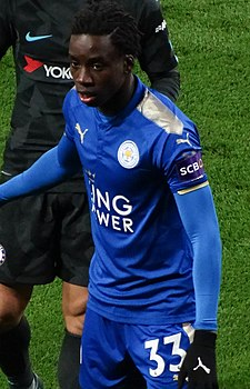 Leicester 1 Chelsea 2 (AET) (39086583770) (cropped).jpg