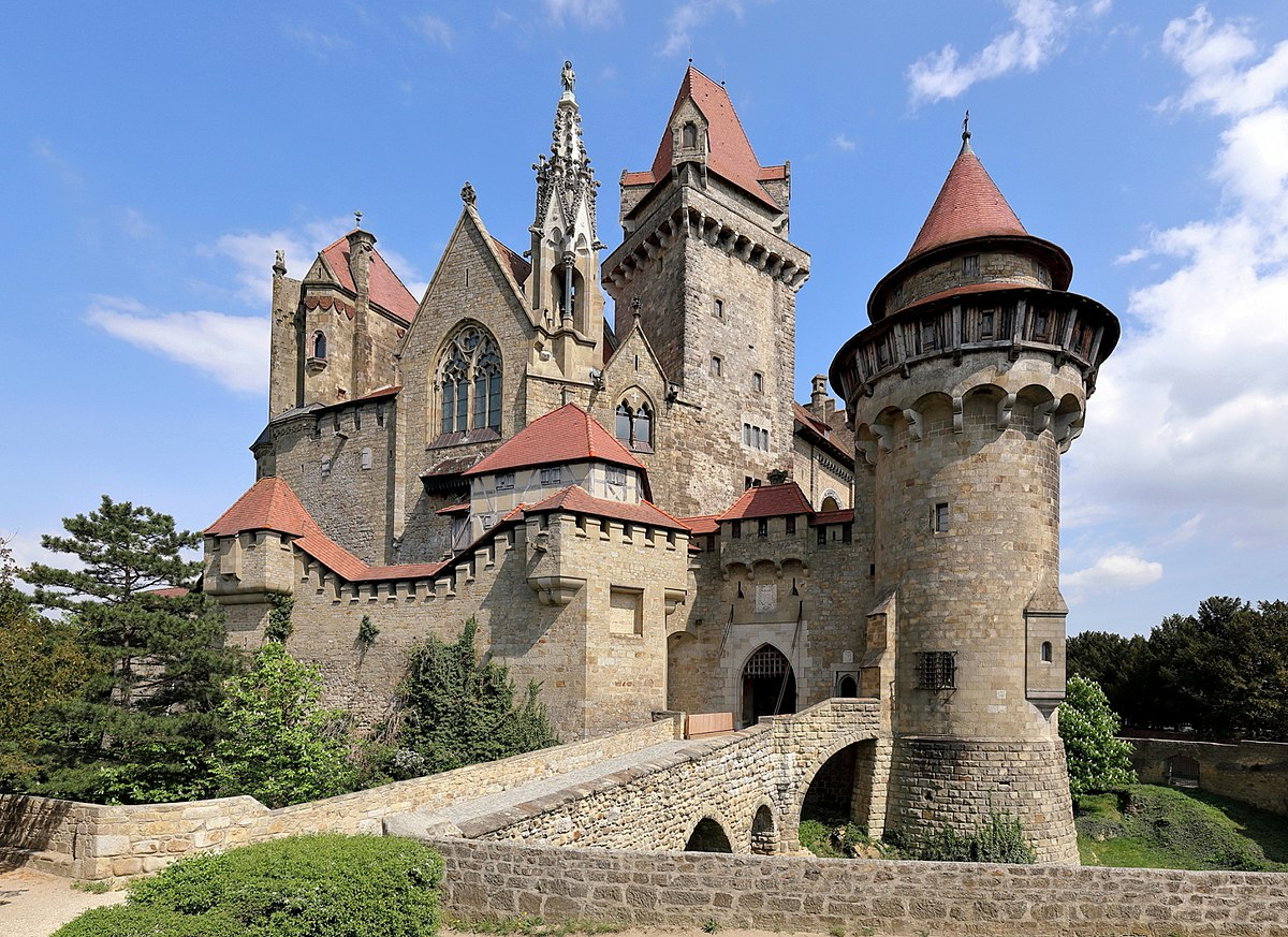 burg kreuzenstein wikipedia. Black Bedroom Furniture Sets. Home Design Ideas