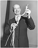 Linus Pauling: Age & Birthday