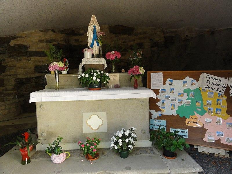 Longuyon (Meurthe-et-M.) grotte de Lourdes