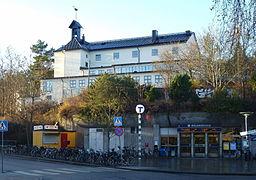 Mälarhøjdens kirke og metrostation