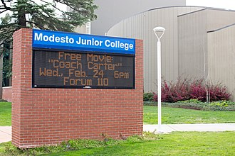 Modesto Junior College - Image: MJC Entrance Sign on College Ave