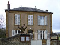 Mairie Pouques-Lormes.jpg