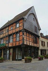 Maison, 4 place Laisnel-de-la-Salle, La Châtre.jpg