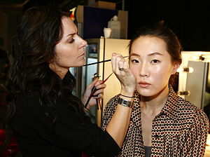 Make-up artist - Makeup artist backstage at the Lee Matthews show, Spring/Summer 2007 Australia Fashion Week