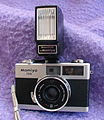 Mamiya 135 EE with dedicated flash (4001872189).jpg