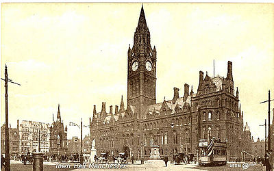 The town hall in the early 20th century, its stonework blackened by air pollution. Manchester Town Hall late 19th Century.jpg