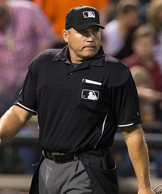 Mark Carlson (umpire) - Carlson in 2013