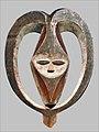Masque facial anthropomorphe Kwele-Congo.jpg