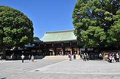 Meiji Shrine 06 (15545900197) (2).jpg