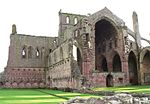Melrose abbey 1.jpg