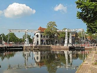 Meppel - Image: Meppel, twee ophaalbruggen foto 1 2011 05 21 11.36