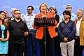 Michelle recibió apoyo de músicos chilenos 26 11 2013 (11081764076).jpg