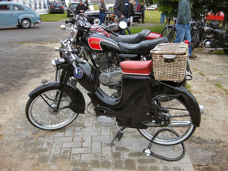 Miele Moped 800px-Miele_Moped