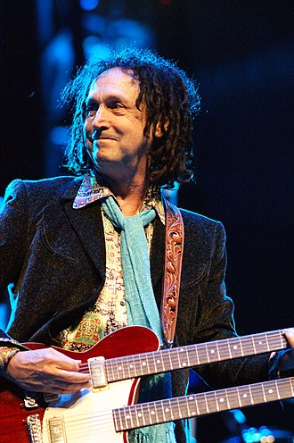 Mike Campbell (musician) - Campbell in 2010