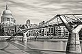 Millennium Bridge, St Pauls (7997733877).jpg