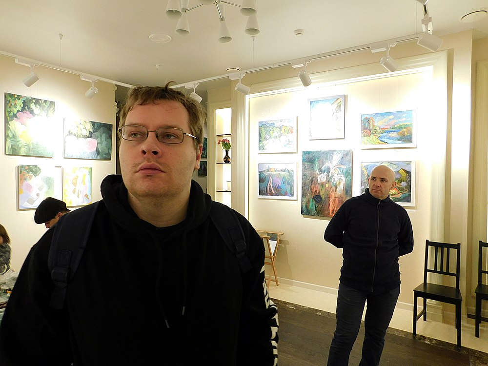 Minima gallery opening (Green collisions; 2018-12-01) 02.jpg
