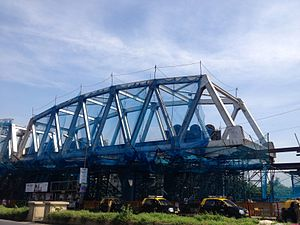Line 1 (Mumbai Monorail) - Bridge over the Harbour line under construction at Wadala.