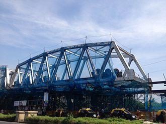 Line 1 (Mumbai Monorail) - Bridge over the Harbour line under construction at Wadala.