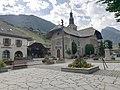 Morzine - Place de l'église.jpg