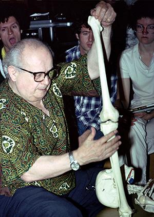 Moshe Feldenkrais demonstrating the structure and function of the leg