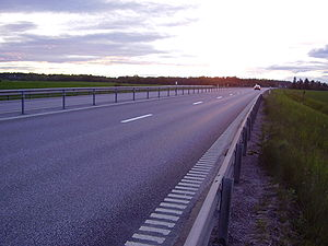 "A Swedish 2+1 lane ""motortrafikled"" constituting part of Riksväg (national road) 36"
