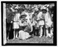 Mrs. Coolidge & raccoon (Rebecca), Easter egg rolling, 1927 LCCN2016842990.tif