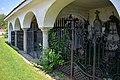 Neumarkt iH Friedhofsgebäude mitte r.jpg