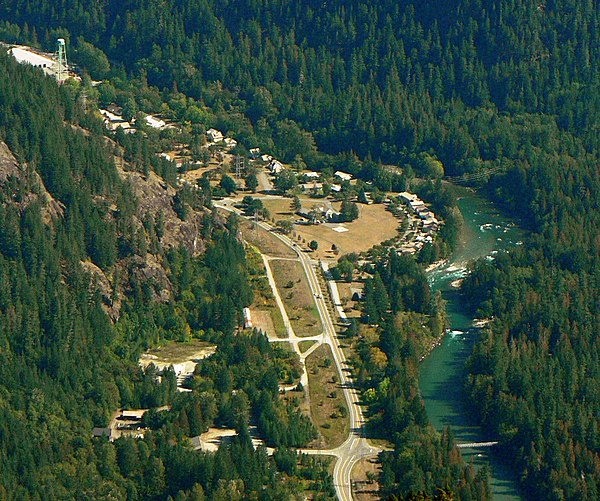 At Newhalem, Washington State Route 20 closely follows the Skagit River. Newhalem 25887 crop.jpg