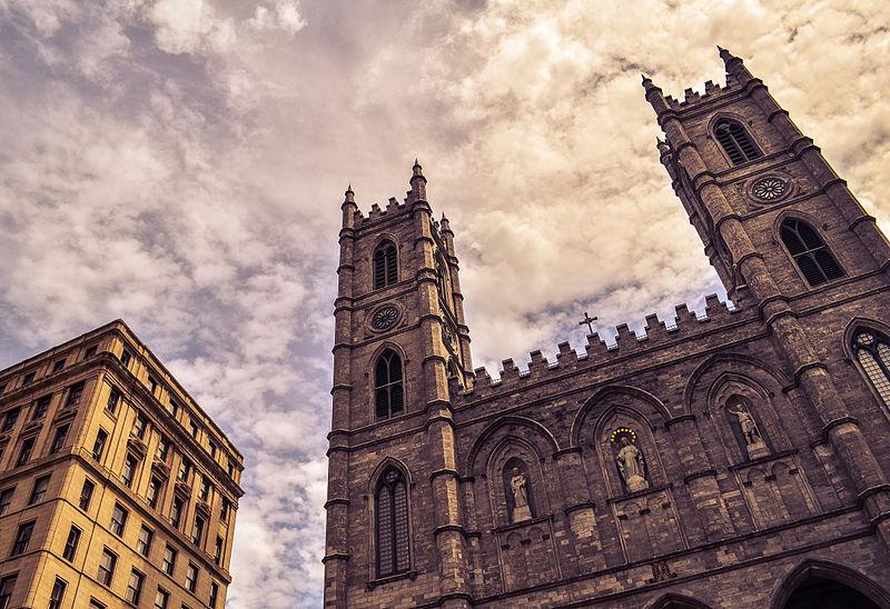 File:Notre-Dame Basilica - Basilique Notre-Dame de Montréal.jpg