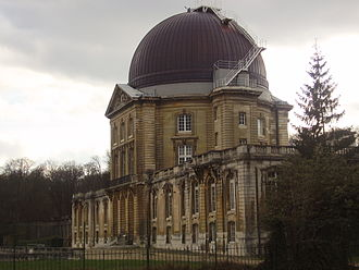 Pierre Rousseau - Dome of the Meudon Observatory installed on top of the former Château de Meudon.