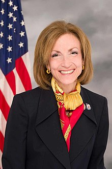 Official congressional portrait of Nan Hayworth.jpg