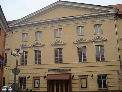 How to get to Valstybinis Jaunimo Teatras with public transit - About the place