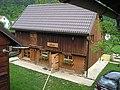 Old barn in the backyard - panoramio.jpg