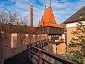 Opole 0011.4 - mury przy Katedrze Świętego Krzyża.jpg