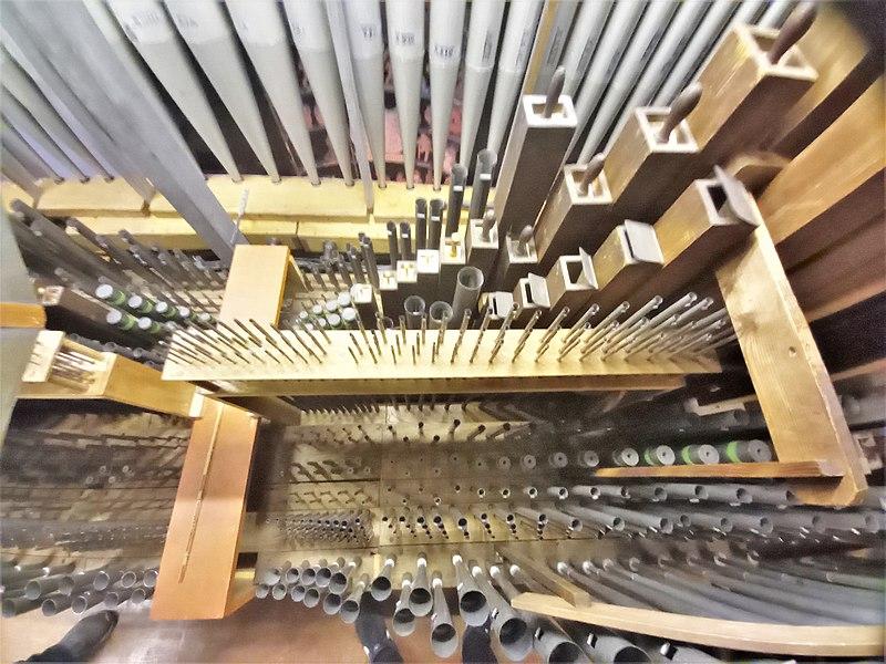 Datei:Püttlingen, Liebfrauenkirche (Haerpfer-Orgel, Hauptwerk) (2).jpg