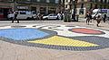P1100679 Barcelone, Plaça de la Boqueria, un pavement en mosaïque de Joan Miró (1976); cette place sépare la Rambla dels Caputxins de la Rambla Sant Josep.jpg