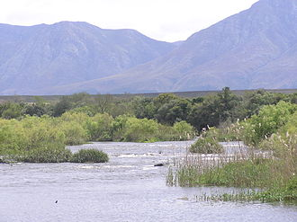 Breede River - Image: PA020092 Breede River vor Langeberg Mountains