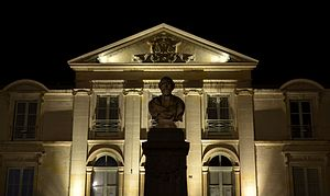 Palais de justice de Saint Calais.jpg