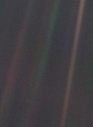 Voyager 1: Pale Blue Dot