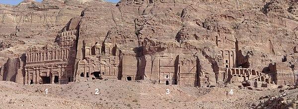 Petra Dura Come La Pietra.Petra Giordania Wikivoyage Guida Turistica Di Viaggio