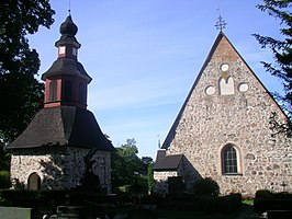 Perniö church and belltower.JPG