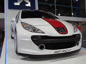 Peugeot 207 RC - 001 - Flickr - cosmic spanner.jpg