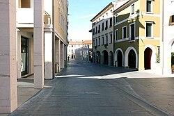 Piazza luzzatti.jpg