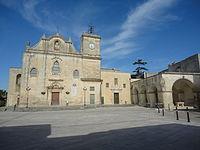 Piazza san Giorgio di Melpignano.jpg