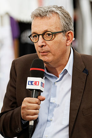 Pierre Laurent (politician) - Image: Pierre Laurent Fête de l'Humanité 2013 001