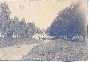 Moshava - Herzl Street - Hadera, taken between 1891 and 1901.