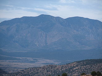 Pine Valley Mountains - Image: Pine Valley Mountain from Lower Sand Cove at dusk 2009 06 10